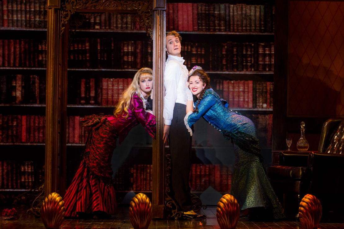 """National Touring Company. (L-R) Colleen McLaughlin as Sibella Hallward, Blake Price as Monty Navarro and Erin McIntyre as Phoebe D'Ysquith in a scene from """"A Gentleman's Guide to Love & Murder."""" Photo credit: Jeremy Daniel."""