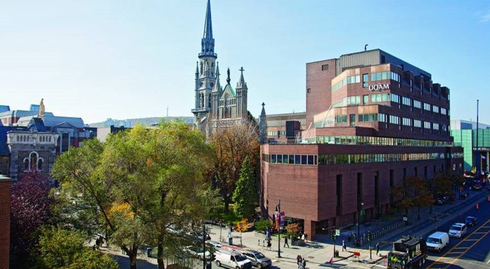 University of Quebec at Montreal – located in downtown Montreal in the heart of the city's Latin Quarter – now features Sennheiser SpeechLine Digital Wireless systems, providing campus-wide wireless connectivity throughout more than 20 university buildings