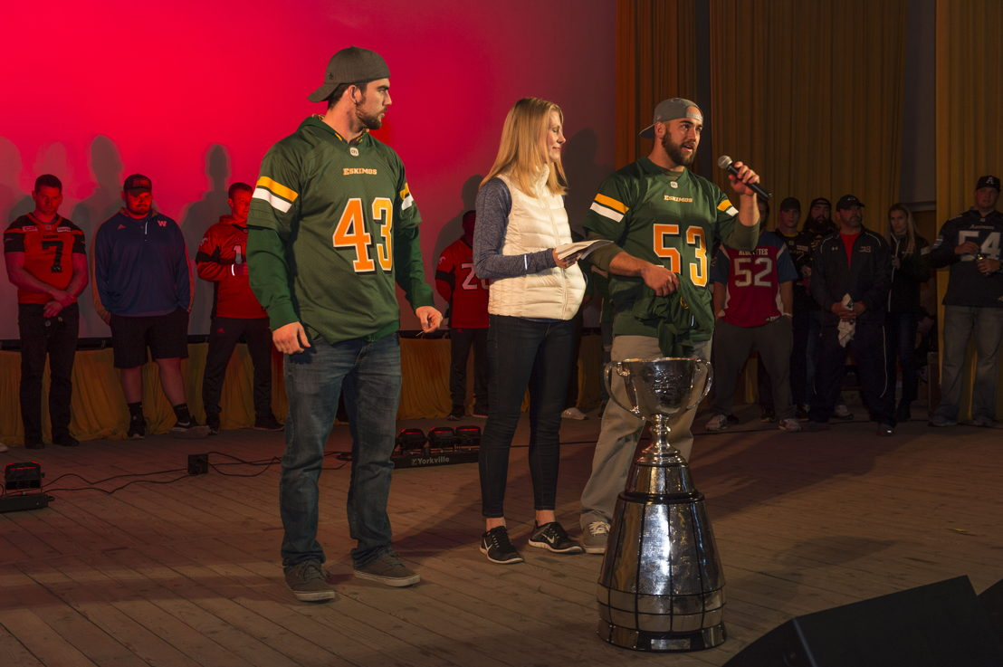 Sara Orlesky from TSN along with Ryan and Neil King from the Edmonton Eskimos address the military members deployed on Operation UNIFIER during Team Canada&#039;s spring visit in Starychi, Ukraine on April 23, 2017.<br/><br/>Photo: MCpl Mathieu Gaudreault, Canadian Forces Combat Camera