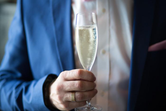 Preview: 1 op 4 Belgische werknemers drinkt te veel alcohol