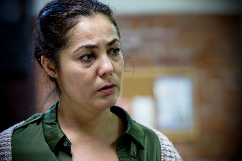 Dahlia Pessemiers-Benamar als Zohra El Zarkaoui <br/>De Ridder (c) VRT / Lies Willaert