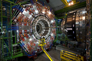 VUB physicist develops new AI-based methods to investigate elementary particles in CERN