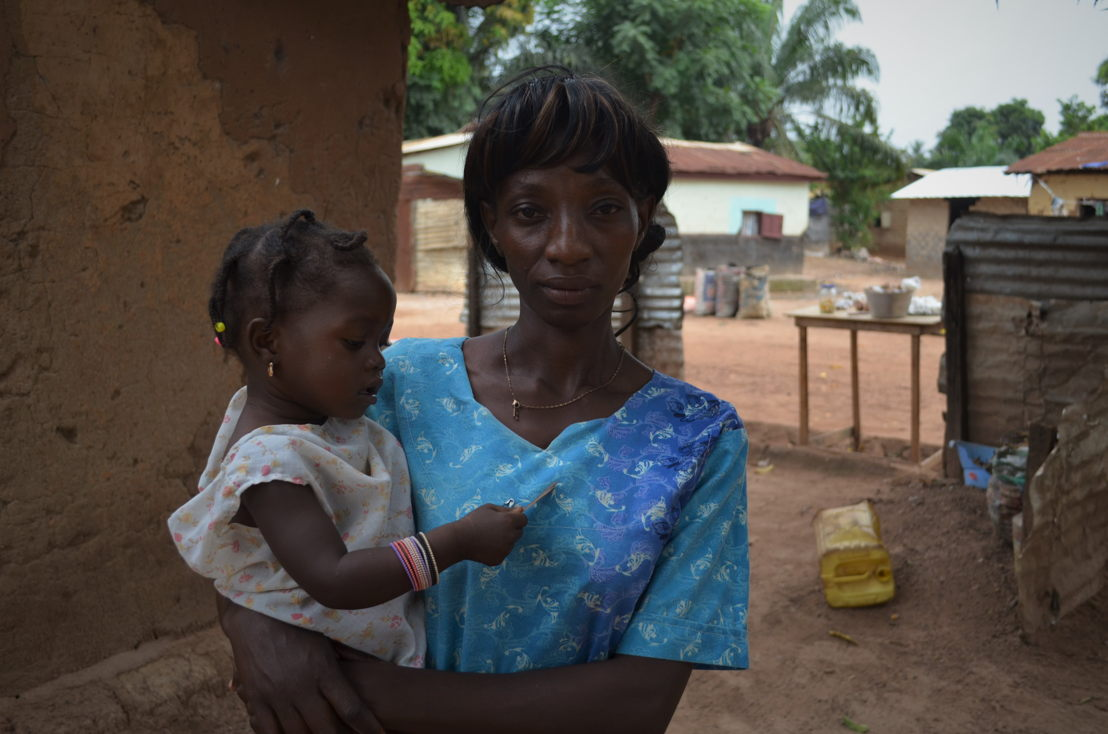 Raissa, 35 years old, shopkeeper, and Maiva, 18 months,<br/>Single, with spouse<br/>Malimaka neighbourhood, district 5, Bangui<br/><br/>&quot;I have six children: the oldest is 19 and the youngest, Maiva, is now 18 months. I live here in Bangui, in the Malimaka neighbourhood, in district 5. <br/>During the events of 2013, I fled with almost all my neighbours to the IDP camp at M'Poko airport. Seleka set up here in the neighbourhood in March that year (Author's note: this is when Seleka, a coalition of armed men under former-President Michel Djotodia, took Bangui by force). There was a Seleka house just on the corner there, and there was another other that way. There were also many of them in the mosque. Those men would do whatever they wanted. When you crossed the road, you had to watch out to make sure you weren't shot at. They would turn up at houses in the neighbourhood, break down the door and steal everything. Sometimes, to get people to leave, they would fire into the air, and even at people – they killed women by the road behind where we are sitting now. Once the shots started, everyone would start running and the Seleka fighters would make take advantage of this to carry off our things, even our beds. Anti-Balaka fighters chased them off in December 2013 and then set up here themselves. For us, the people living here, not much changed. They also harassed us, which ultimately drove us to leave. <br/>Before the troubles, we had better lives. During, and just after, I no longer had the means to continue my business. Now, it is quiet, we no longer hear gunfire. It still isn't easy to earn a living here, but I have to try. I have six children: I can't just sit here and do nothing. <br/>When I was living at the M'Poko IDP camp, we were living in poor conditions: my five children and I lived under the same tarpaulin. I became pregnant with Maiva while we were there. I didn't go to many prenatal consultations, but that was more due to the lack of security in the camp and city, rather than money problems. Ultimately, we left in December last year, when the government closed and tore down the camp. They gave money to some people to help them leave and get back on with their lives. Unfortunately, I didn't get anything. <br/>I gave birth to Maiva in Castors, in district 5. For the other children, I gave birth at one of the major hospitals in Bangui. There, they ask for a lot of money. At every step, they ask you for money. For every procedure, you have to pay the healthcare staff directly in cash. They don't even ask you to go to the counter. The staff do not look after the patients, their top priority is the money. When I went to the hospital to give birth to my second son, I gave birth alone on the floor in the waiting room. If you want the midwife to come to you, you have to spend a lot of money first.&quot;<br/><br/>Prenatal consultation for her previous pregnancies: CFA 2,000 <br/>Spending CFA 2,000 on oranges from the market, Raissa could make CFA 2,000 in profit by reselling them. Photographer: Sandra Smiley