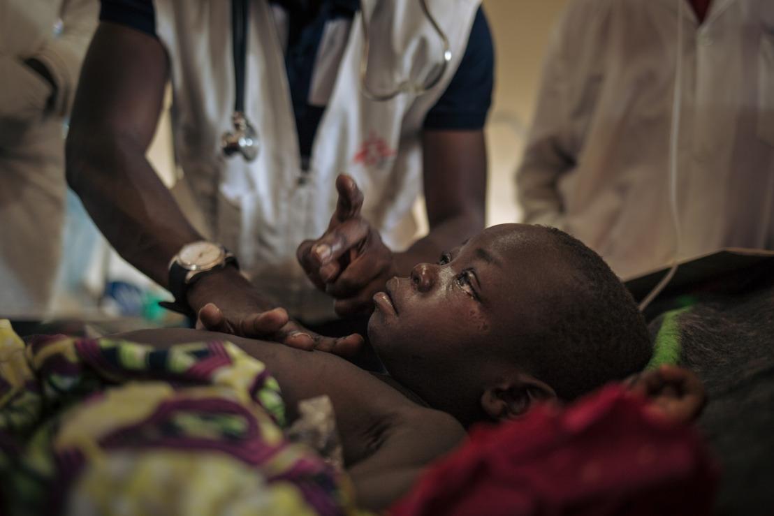 Les efforts pour venir à bout de l'épidémie meurtrière de rougeole en RDC ne sont toujours pas suffisants (+B-Roll)