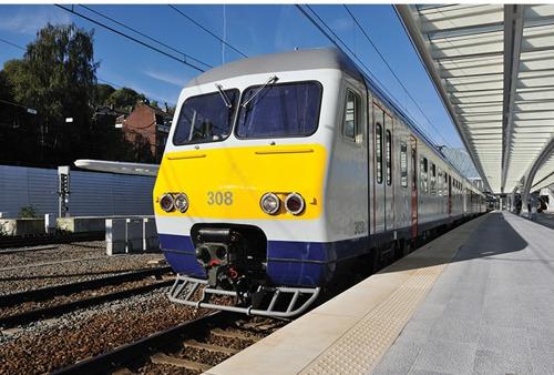 NMBS voltooit ETCS-uitrusting op 106 MR80-motorrijtuigen, met subsidies van de Europese Unie