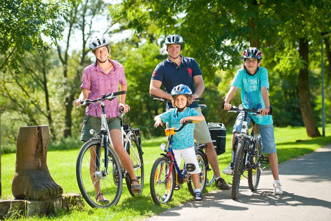Fietsen met het gezin op het Nahe-fietspad (c) Dominik Ketz