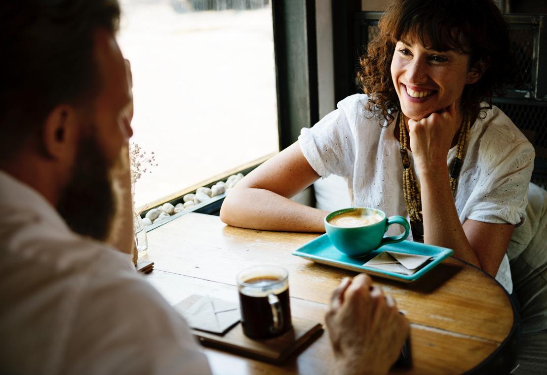 Las dating apps no acaban con el romance; cambian las reglas