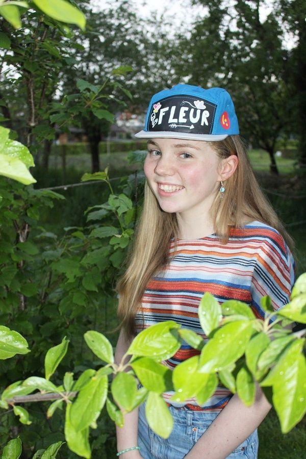 Alycia Metdepenningen, die Fleur speelt in de Ketnetreeks