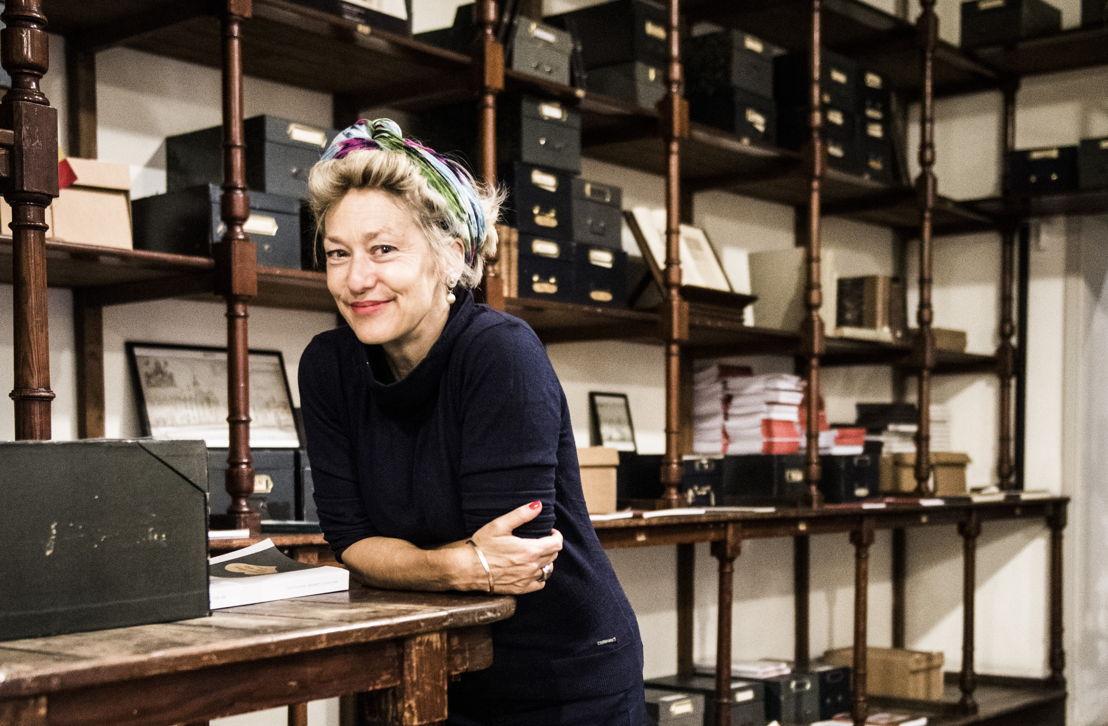 Historica Sophie De Schaepdrijver is de initiatiefneemster van Molem'back to the future. Foto: VUB / Saskia Vanderstichele