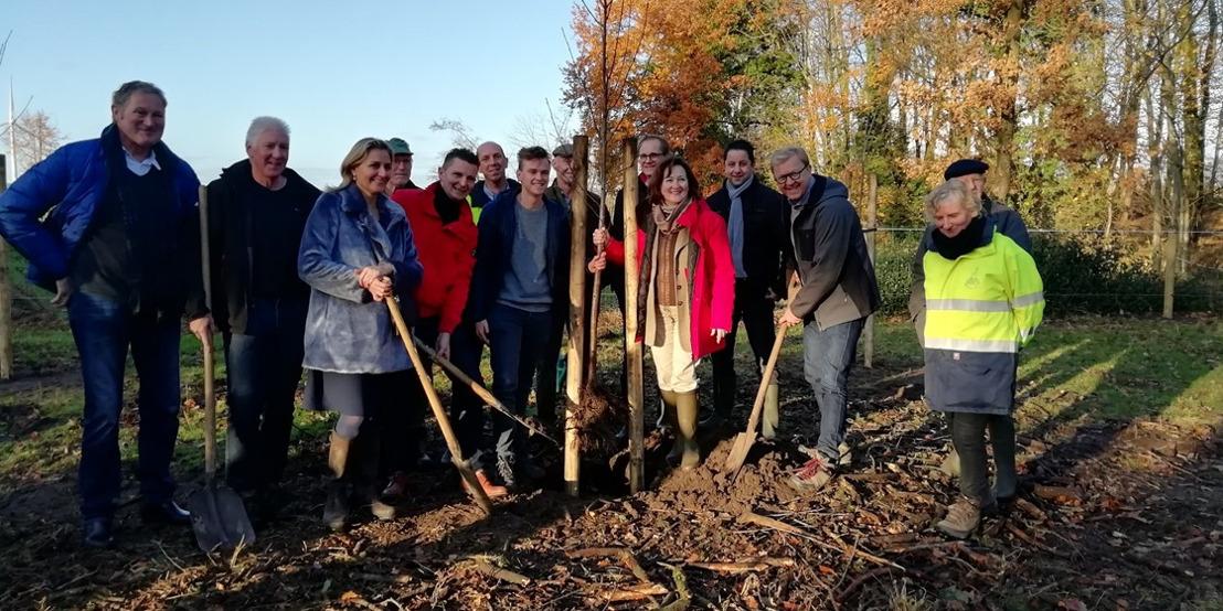 Landbouwers, burgers en bedrijven dragen opnieuw hun steentje bij aan de groene buffering in de Gentse Kanaalzone