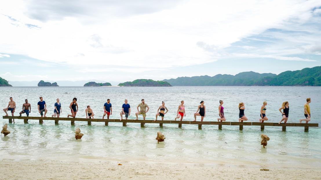 Expeditie Robinson start met de klassiekers: de evenwichtsproef, kampverdeling, eerste eilandraad - maar waar is de vuurstick?