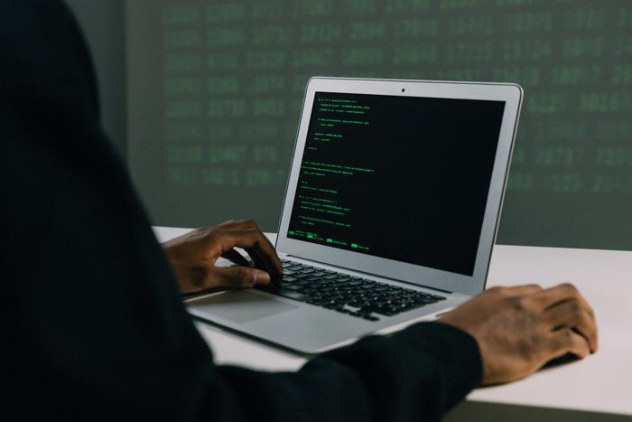 Escuelas, las más afectadas por el cibercrimen mundial: ¿cómo protegerlas?