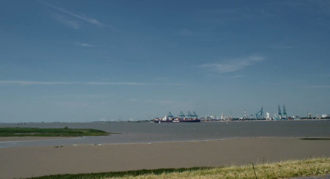 De Schelde en de haven - (c) Riche, Riche & Riche