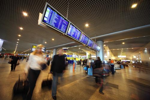 Половина россиян посещает минимум две страны за год