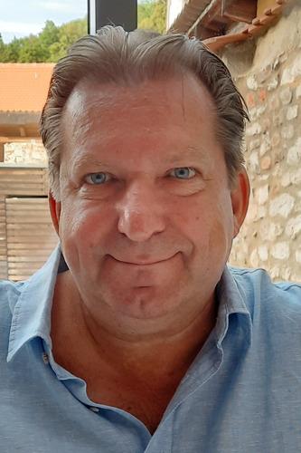 Sales- und Marketingprofi Bernd Almstedt wechselt zu Aerosoft