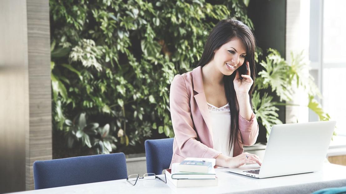 Lo que tu negocio debe saber sobre las mujeres latinoamericanas en redes sociales