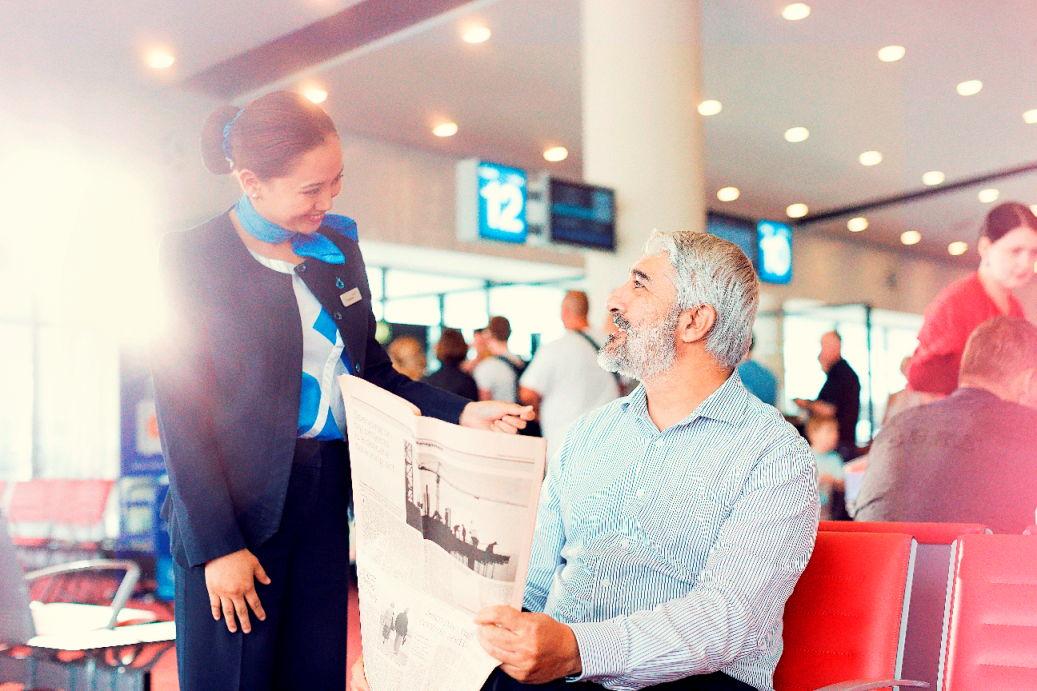 عمليات دناتا لخدمة الركاب في مطار دبي الدولي.