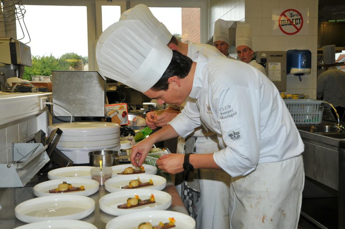 Glenn Verhasselt, Eerste Kok van België 2017, aan het werk tijdens de finale vorig jaar.