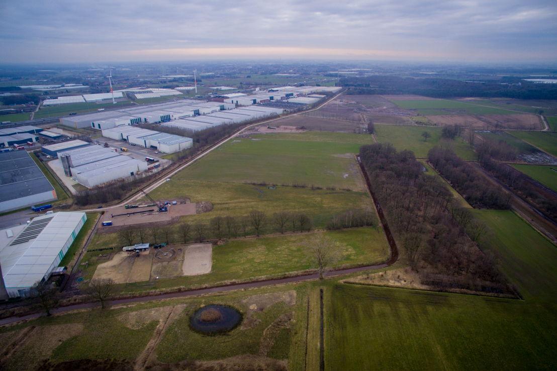 Het terrein aan de Transportzone in Meer waar het Storm-windpark binnenkort zal verschijnen. Het wordt het hoogste windpark van het land.