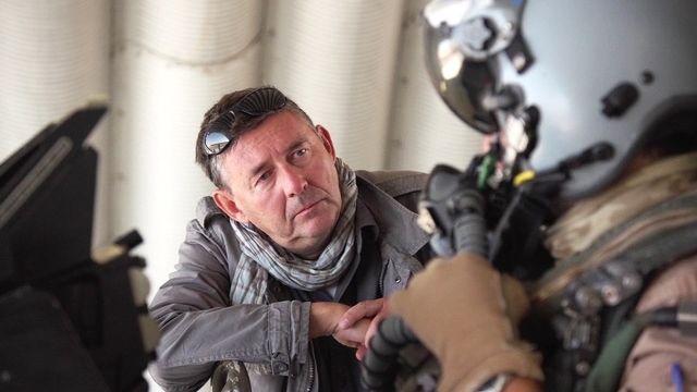 IS in het vizier - Afl 2 : Rudi Vranckx praat met Belgische F16-piloot - (c) VRT