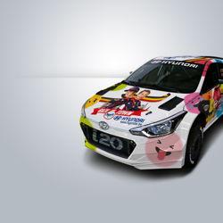 Thierry Neuville et Nicolas Gilsoul choisissent le dessin-emoji comme décoration de leur voiture de rallye.