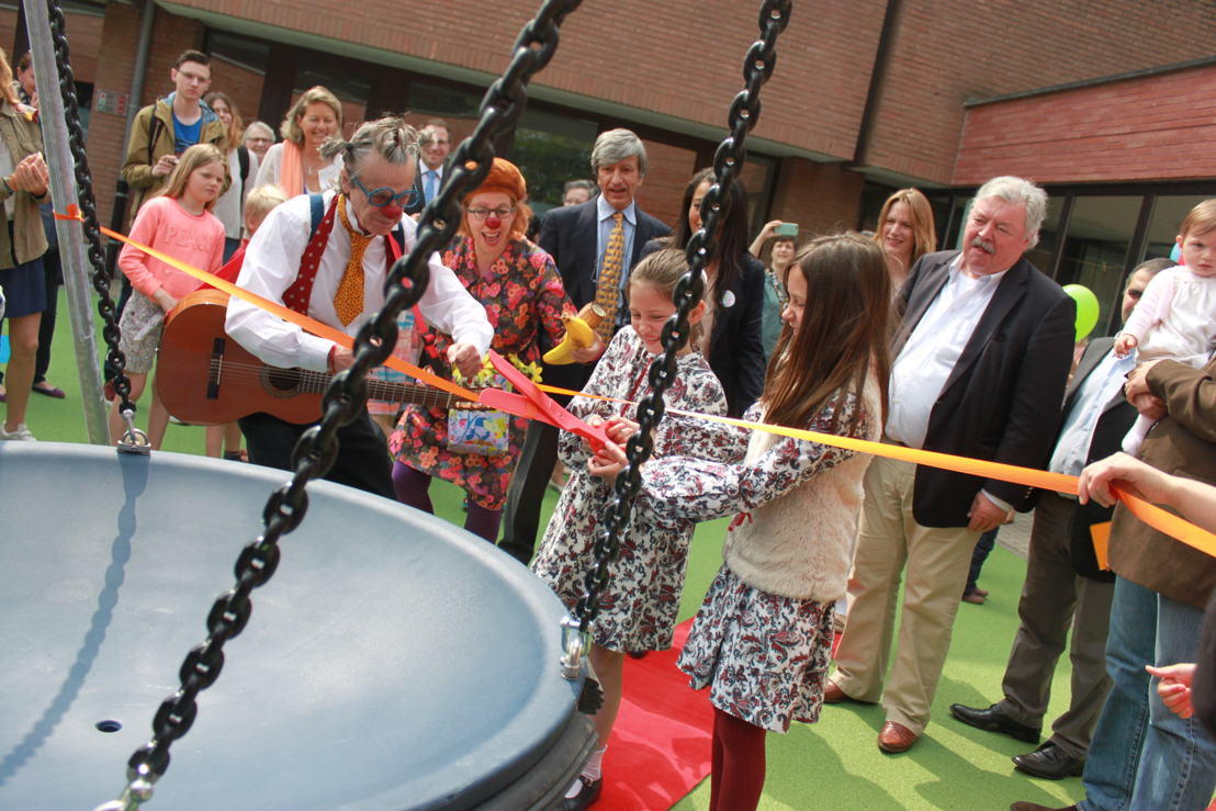 Lydia's sisters, opening the playground in memory of their sister who spent many months in intensive care at HUDERF. After Lydia's death, creating this playground became a way to honour Lydia's life and to ensure that her smiles and joie de vivre lived on in the smiles and laughter of other small patients and their siblings.