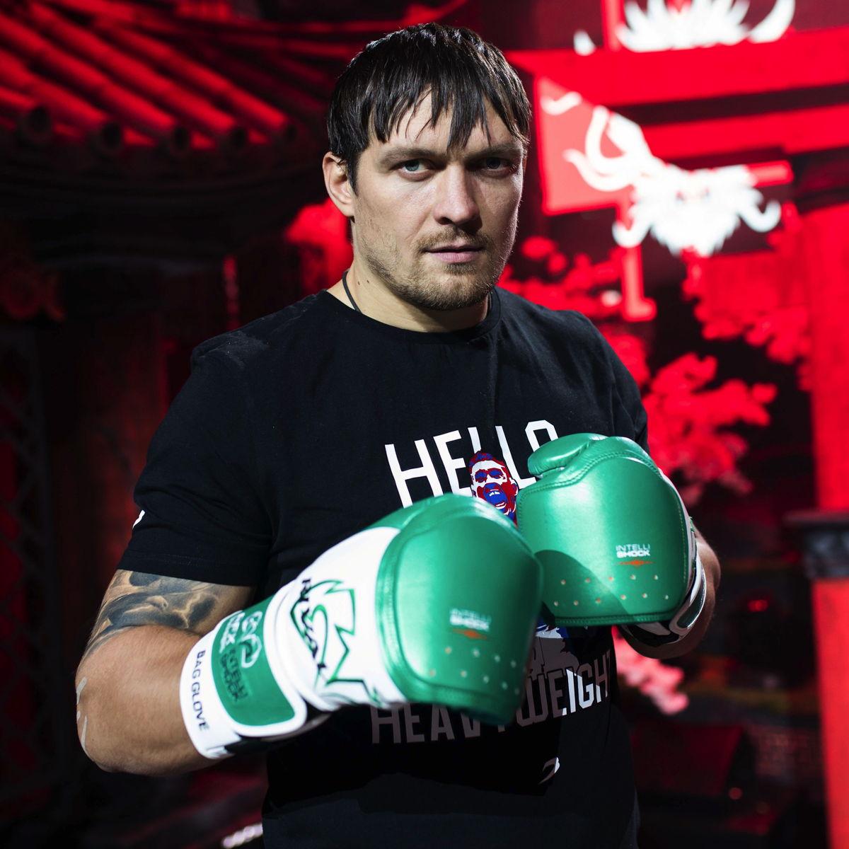 Олександр Усик, чемпіон світу з боксу у важкій вазі. Фото: WePlay Esports