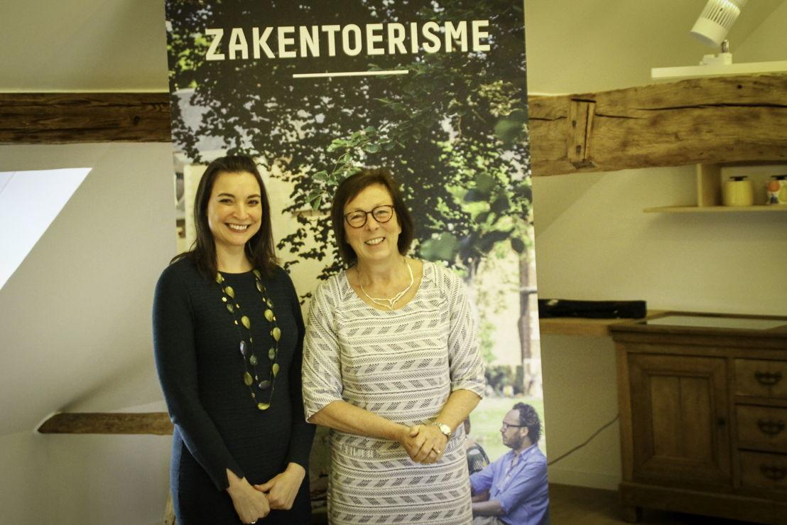 Gedeputeerde Swinnen en Liesbet Vandenberghe, coördinator zakentoerisme