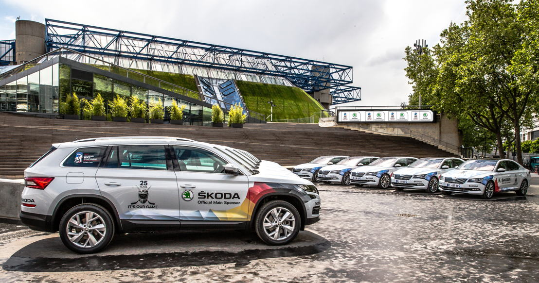 In the run-up to the IIHF Ice Hockey World Championship, ŠKODA handed vehicles over to the International Ice Hockey Federation (IIHF) at the hockey arena in Paris.