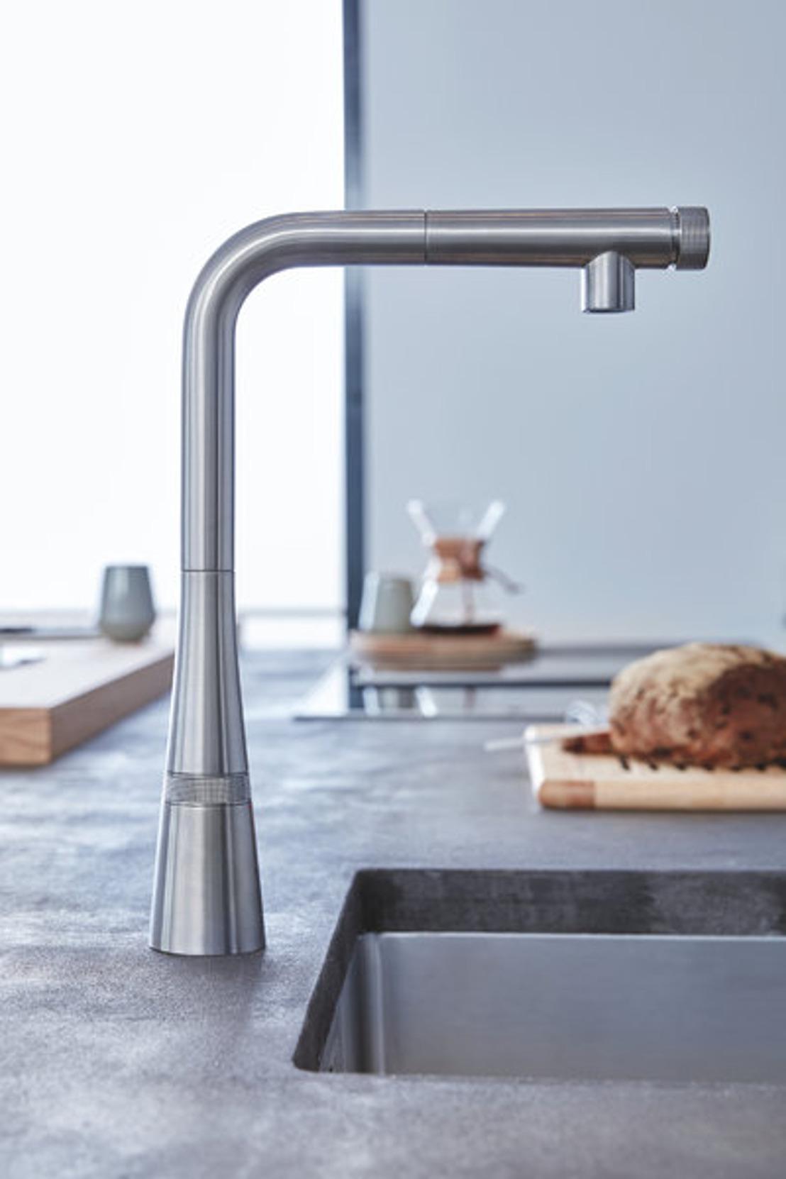 Triple distinction pour GROHE SmartControl Kitchen, le nouveau chouchou du secteur de la cuisine