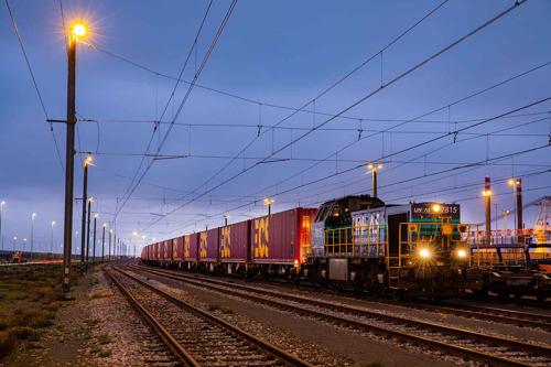ECS consolide sa position de numéro un du marché de la logistique de la chaîne d'approvisionnement et du transport intermodal après avoir réussi l'intégration de 2XL