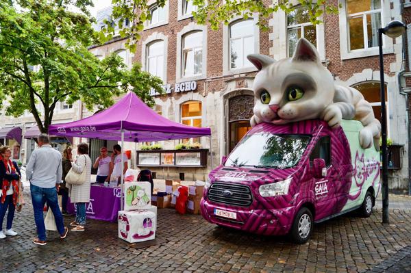 Preview: GAIA-Sommertour: Das «Catmobil» sorgte am Freitag in Eupen für Aufsehen