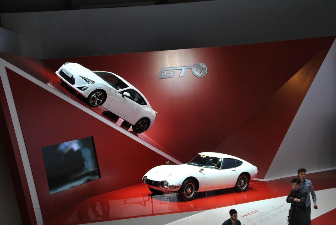 Toyota GT 86 et 2000 GT Genève 2012