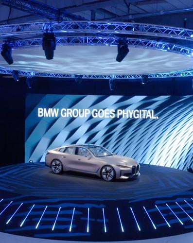 TBWA verrijkt het Phygital salon van BMW met een pak inspirerende livestreams