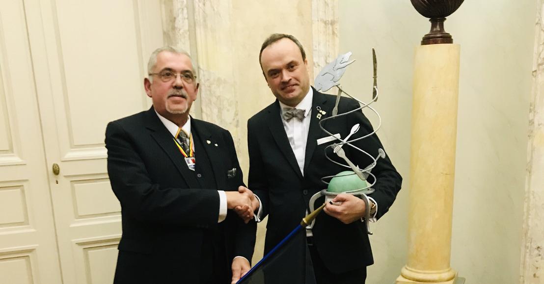 Le belge Ief Vanhonnacker devient champion du monde des maîtres d'hôtel