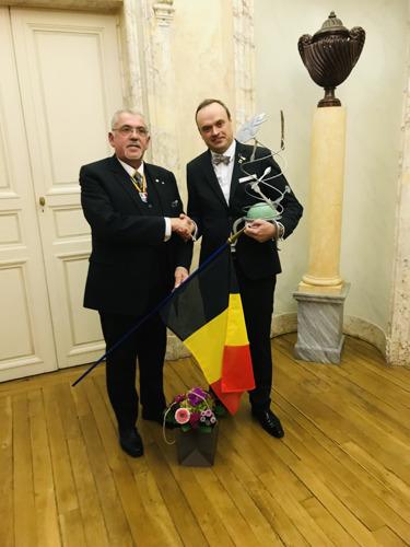 Ief Vanhonnacker wint W.K. voor maîtres d'hôtel