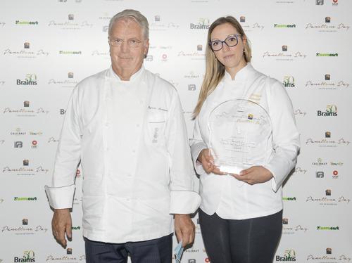 Il panettone della pasticcera Barbara Veronica Braghero conquista il maestro Iginio Massari e si aggiudica il podio alla finale del Panettone Day 2020