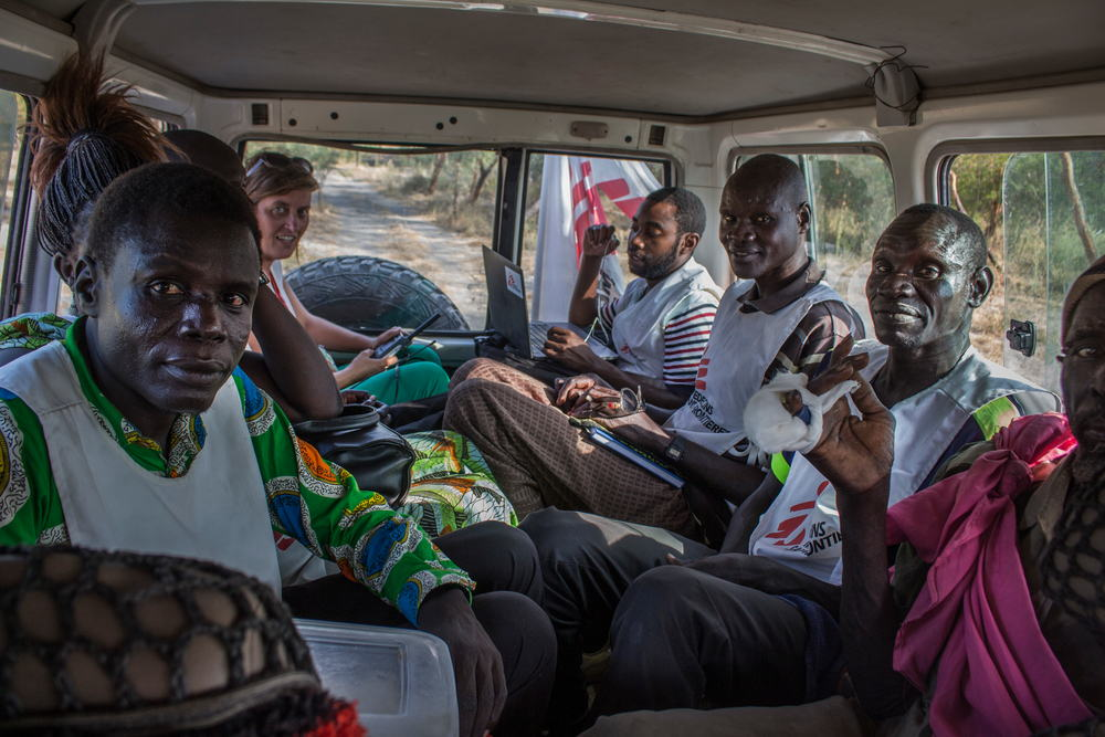 The team dispatched is made up of drivers, a logistical coordinator, a doctor, a nurse and a community health advisor. Photographer: Philippe Carr/MSF
