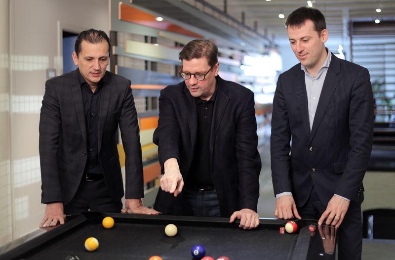 Emakina Group Management,  CEO's Karim Chouikri et Brice le Blévennec et CFO Frédéric Desonnay