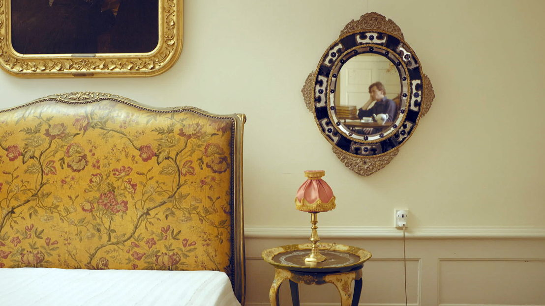 Made in Europe - aflevering 4 : Dimitri in het huis van HC Andersen in Odense - (c) Reinier van Brummelen