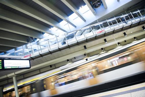 De MIVB brengt hulde aan Annie Cordy met liedjes in de metrostations