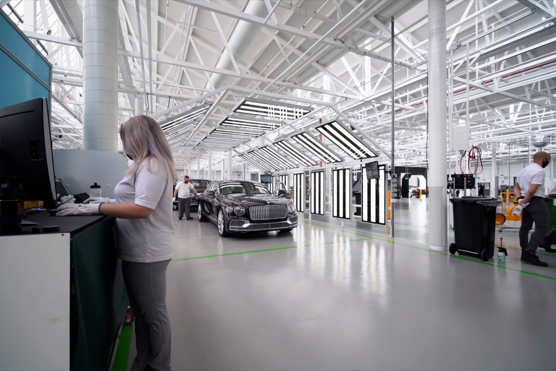 BENTLEY LAUNCHES NEW EXCELLENCE CENTRE AT CELEBRATED CREWE FACTORY