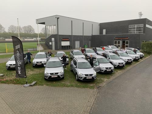 Spelers en staf van KMSK Deinze kiezen voor SEAT Arona