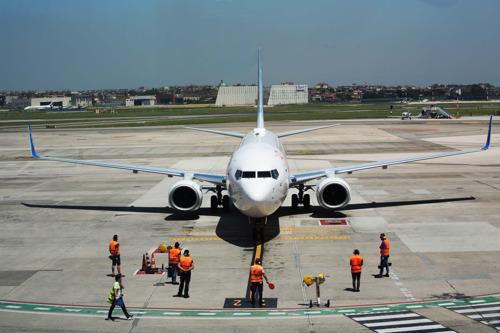 Preview: Первый рейс flydubai приземлился в Неаполе
