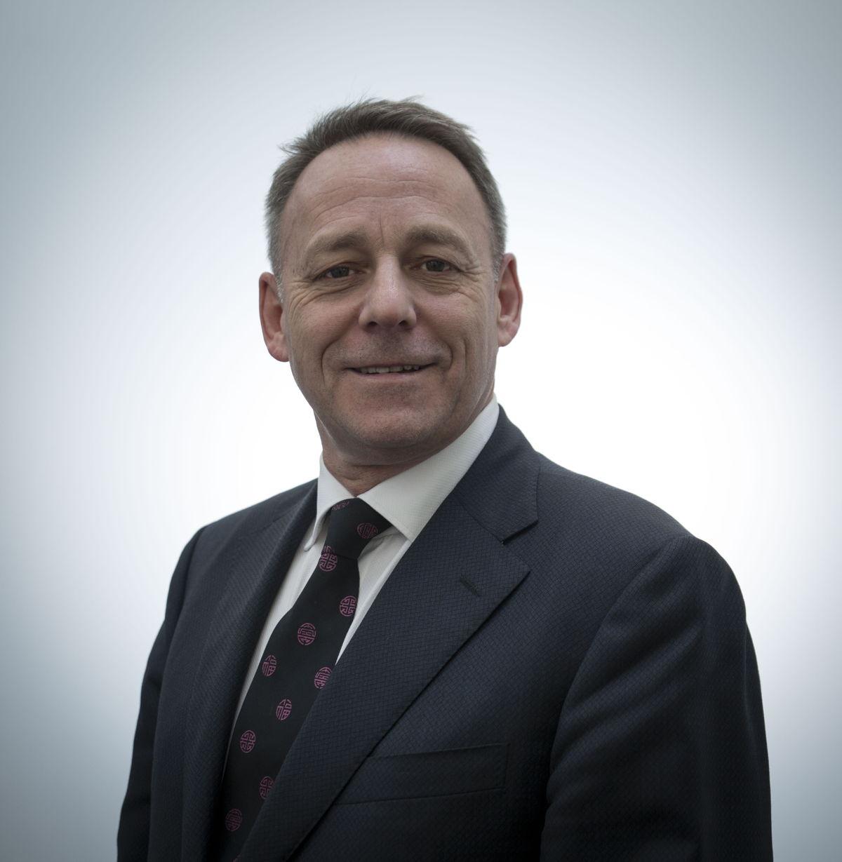 Dr. Geoff Nesbitt