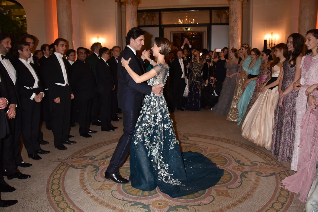 The opening of le Bal with Countess Angelique de Limburg Stirum in Georges Hobeika and jewels Payal New York and her father Count Thierry de Limburg Stirum_Photo Jean Luce Huré
