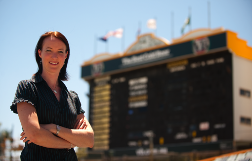 Alison Mitchell will do ball by ball commentary for the Pakistan test series.