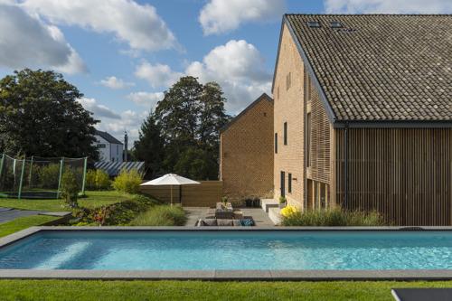 Beaujean Vacances tipt vijf vakantiewoningen met zwembad voor een tropische staycation