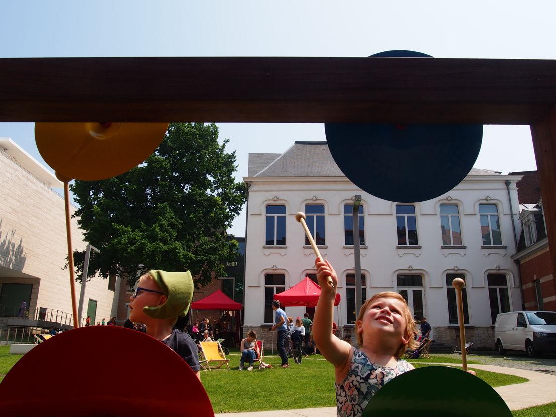 De vernieuwde muziekmuur in de museumtuin | Start zomerprogramma in de Museumspelstraat (c) Andy Merregaert