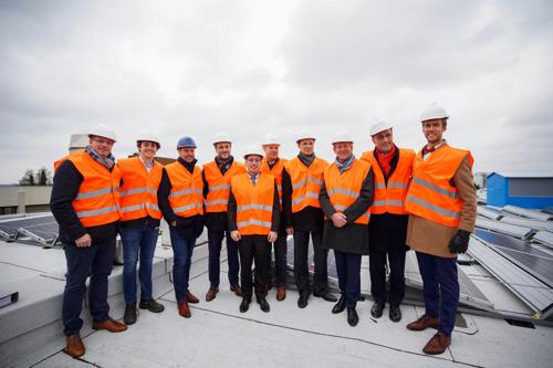 Preview: La ministre Fremault inaugure un parc photovoltaïque de 15.000 m² chez Sabca